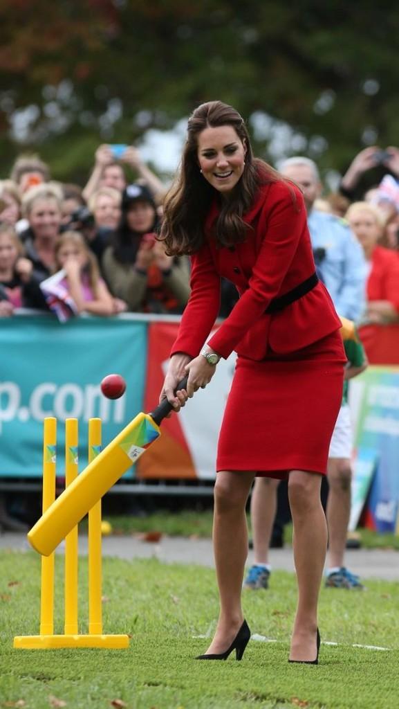 Kate Middleton Shows Off Her Cricket Skills