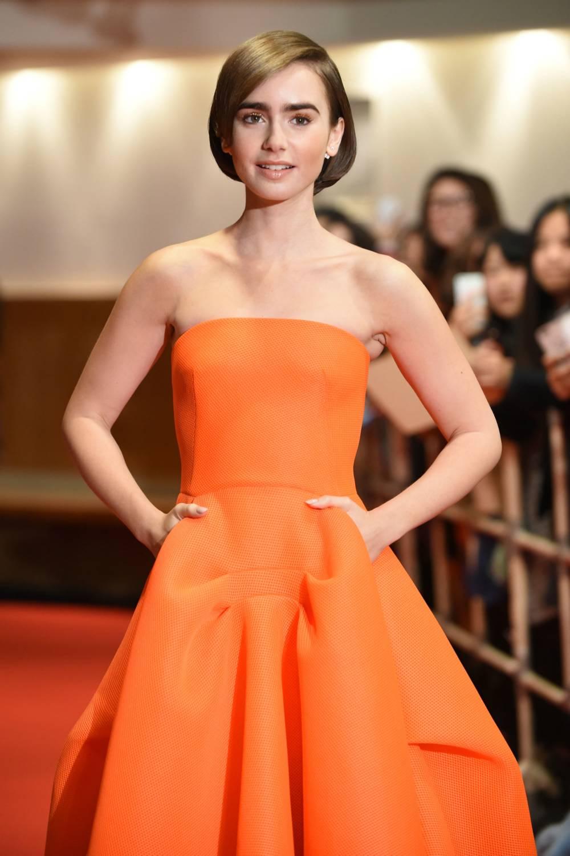 Lily Collins Wear Orange Gown 3